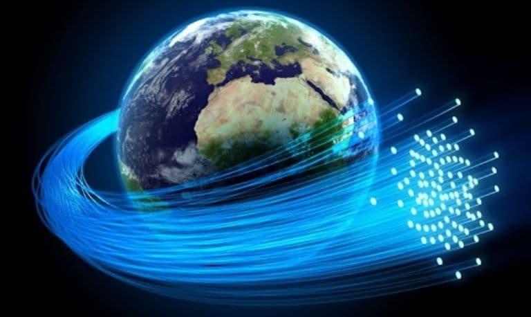 پهنای باند فیبر نوری چیست و چقدر می باشد ؟