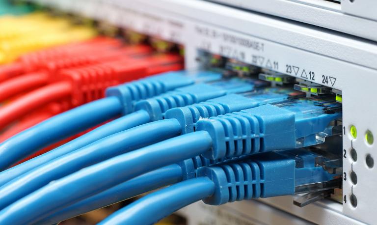 تاثیر نویز روی کابل شبکه چیست؟ نحوه شناسایی و رفع